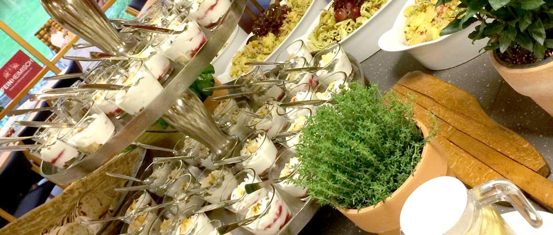 Catering-Tagungen-Schwab Catering-Nachspeisen auf Stellage